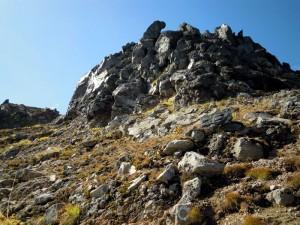 焼岳北峰頂上のドーム下