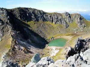 焼岳頂上火口湖