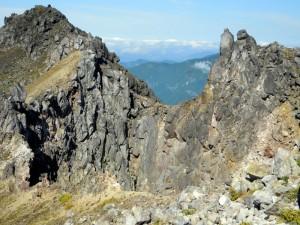 焼岳頂上の火口、インキョ穴